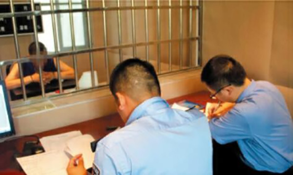 湖南男子被开除公职后变身机关惯偷:专盗党政机关